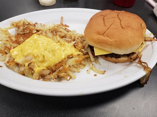 Melrose Park, IL: burger and hashbrowns