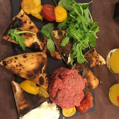 Priola, Italie : Pizzeria Acqua e Farina