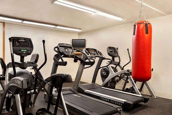 Edgemont, SD: Health club