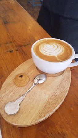 Sister Srey Cafe: Latte