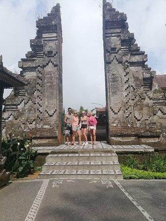 Bali Bona