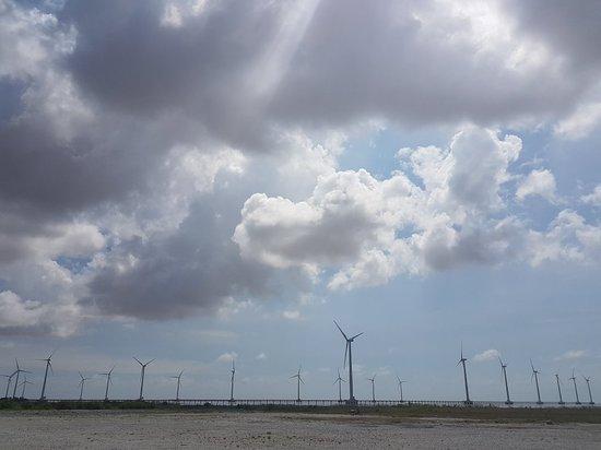 Ảnh về Nhà Máy Điện Gió Bạc Liêu