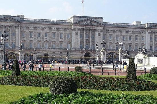 Buckingham Palace, St James's Palace