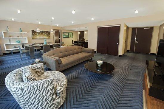 Plainsboro, NJ: Suite