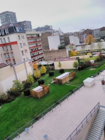 Aparthotel Adagio Access la Defense Puteaux - Đánh giá Khách sạn & So sánh  giá - TripAdvisor