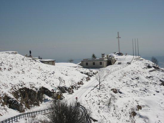 Possagno, Włochy: Monte Palon innevato