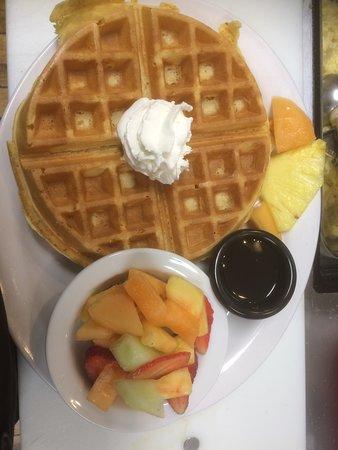 Tavistock, Kanada: Breakfast Waffle