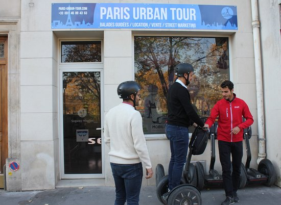 Paris Urban Tour