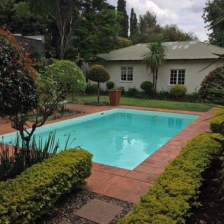 Brooks Cottage Photo