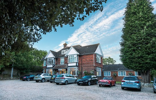 Downsview GuestHouse, Hotels in Ashford