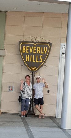 Beverly Hills Shield outside the Visitor Centre