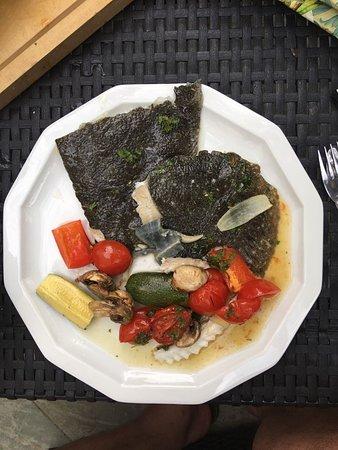 La Bodega: Auf Vorbestellung gibt es bei uns auch schwarzen Steinbutt...Hummergerichte stehen immer auf die Karte