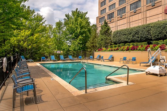 Pool - Marriott St. Louis West Photo