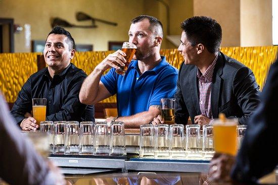 Hogansburg, NY: Sticks Bar & Grill