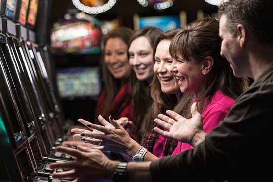 Hogansburg, NY: Slots