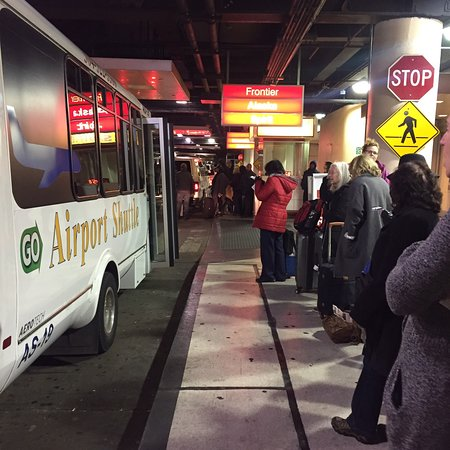 airport shuttle new orleans 2019 all you need to know before you rh tripadvisor com