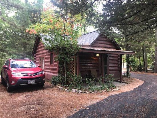 Tall Pines Inn Photo