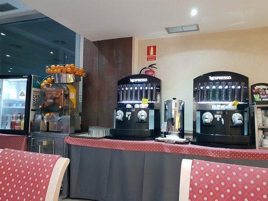Senator Castellana Hotel Image