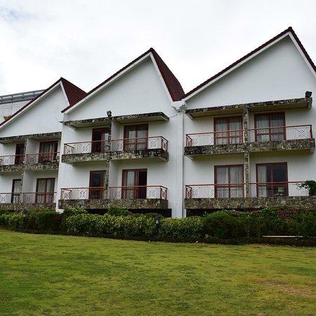 Entrance - Thunderbird Resorts - Rizal Photo