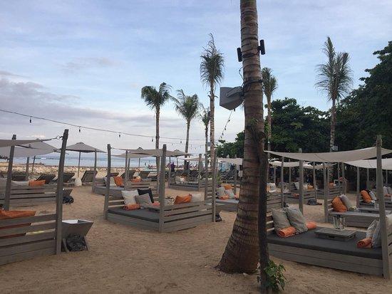 ARTOTEL Beach Club: venue