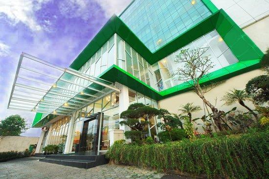 Simple As It S Best Review Of Hotel Zia Agria Bogor Bogor Indonesia Tripadvisor