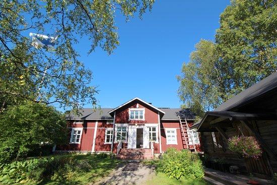 Entrance - Picture of Lauri Historical 19th Century Manor, Rovaniemi - Tripadvisor
