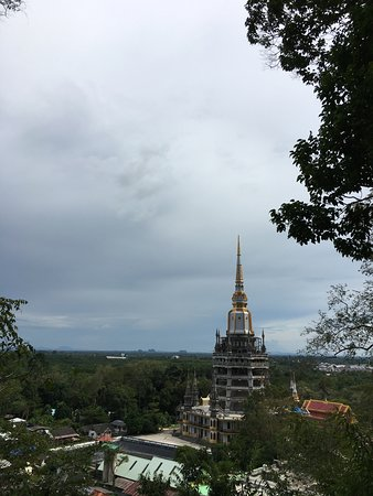 Tiger Cave Temple (Wat Tham Suea) Foto