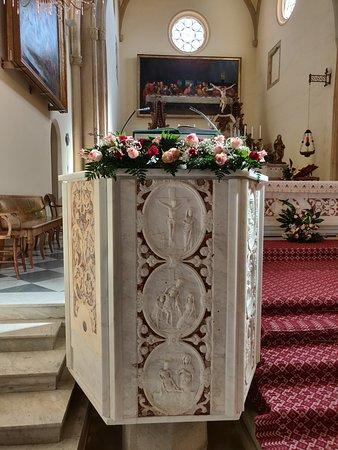 Parte del altar-