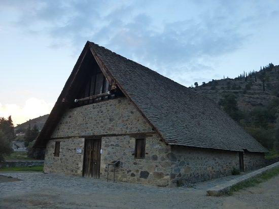 Galata, Cyprus: 教会全景