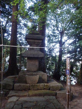 我国では最大級の石造りの五重塔