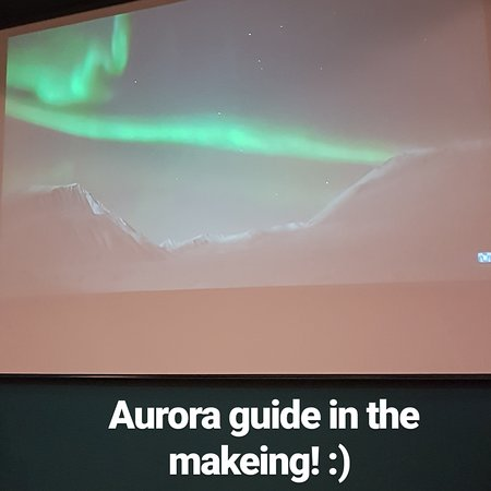 Sissel (owner of Holtaas farm) is attending a aurora guide course trough Visit Narvik.