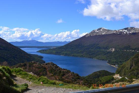 Lago Escondido Photo