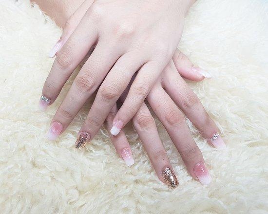 Hannah Brows and Nails