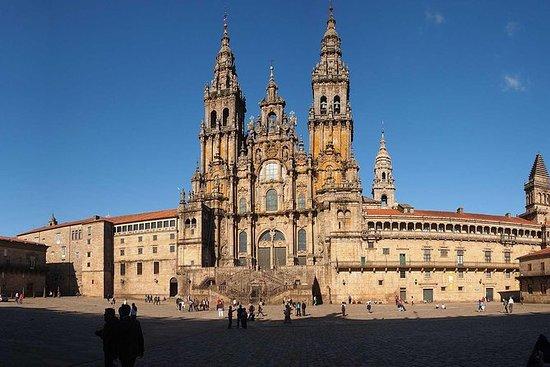 Excursión privada a Santiago y Viana