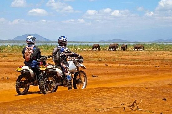 10 Day South Kenya Tour by Off Road...