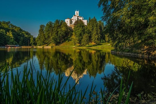 Zagreb Trakoscan Castle and Varazdin...