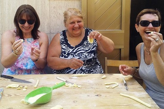 Bari Bike Tour with Pasta Experience