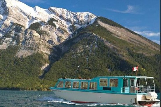 Lake Minnewanka Cruise