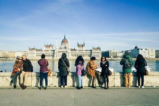 Erkunden Sie Budapest und andere...