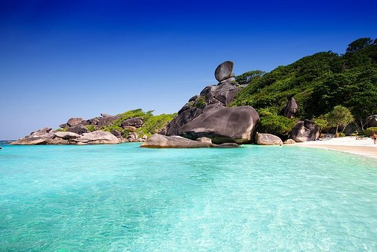 Full Day Similan Island en lancha...