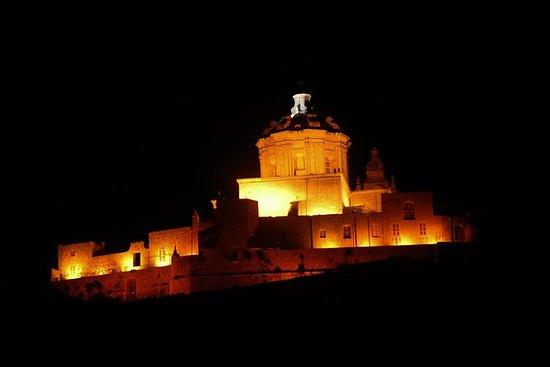 Viaje nocturno de conducción de Malta