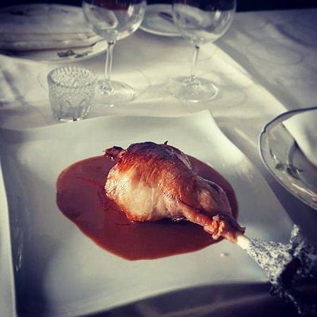 ¡Pata de cordero en su jugo! Tierna y muy deliciosa. Leg of lamb in the oven!