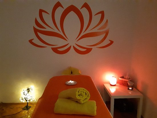 booking massages Orenda111