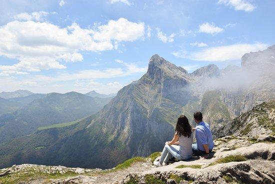 Fuente De, Španielsko: Vistas de los Picos de Europa desde el Mirador de Fuente Dé