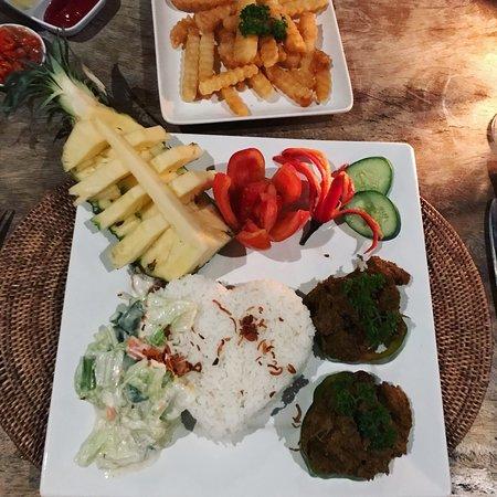 Restaurant Bukit Segara Photo
