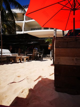 Foto de Zenzi Beach Bar & Restaurant