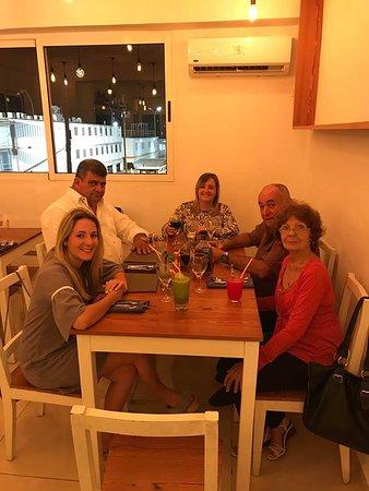 Celebrando con la familia en Casa Mía Paladar