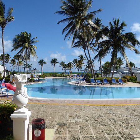 The staff make this resort a 4 star in our books