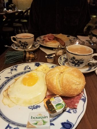 Hotel Estherea: Typical first-course at Breakfast