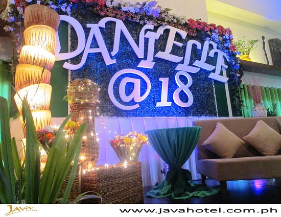 Great parties begin at Java Hotel. 😊❤️ . . For events & other inquiries please call us at ☎️ 770-5996 📱09175005282/09399165800 or email us at 📧 sales@javahotel.com.ph #javahotel #laoag #ilocosnorte #events